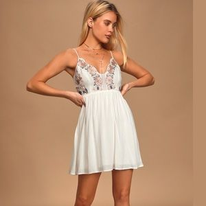 Lulu's Ivory Embroidered Daisy Pedal Dress